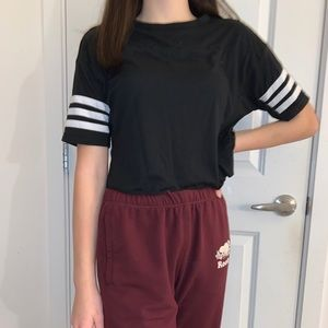 Cropped striped sleeves